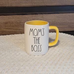 "‼️New! Rae Dunn ""MOM'S THE BOSS"" Mug 🤩"